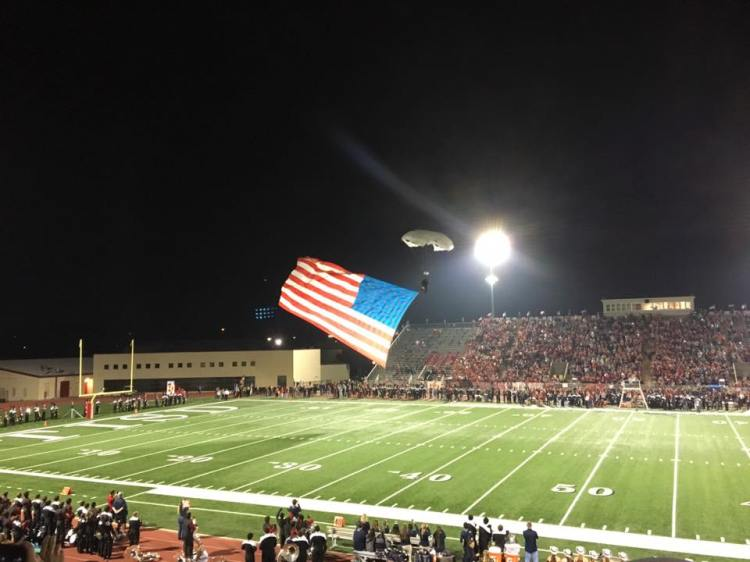 tomball-high-school-halftime